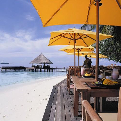 27798290-H1-ANMI_Restaurant_Riveli_OutdoorLunchRiveliRest