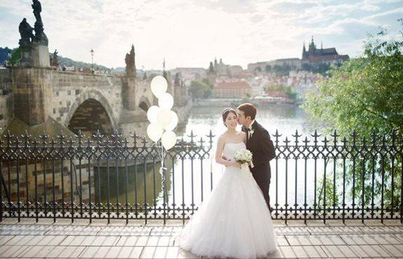 834912f01efb Uansett størrelsen på bryllupet ditt – enten du har invitert 10 eller 180  gjester – så vil du som brud føle deg som en prinsesse og gjestene som om  de har ...